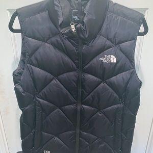 The North Face vest 550 MEDIUM
